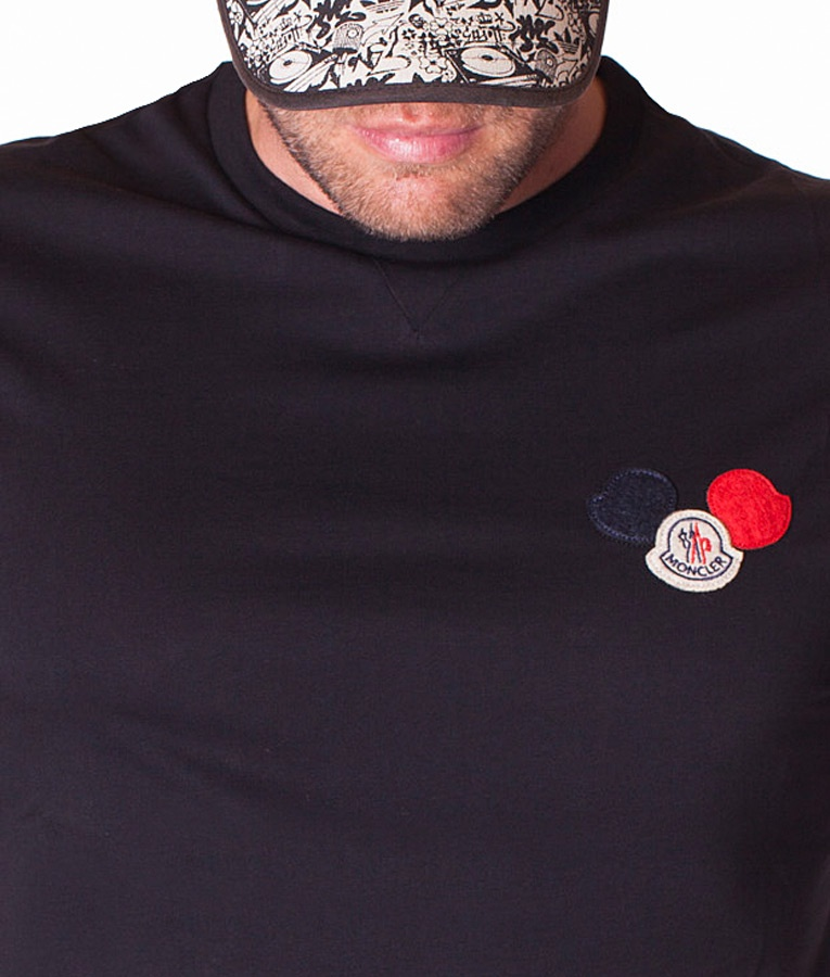 Moncler logo patch t shirt esw for T shirt ecommerce website